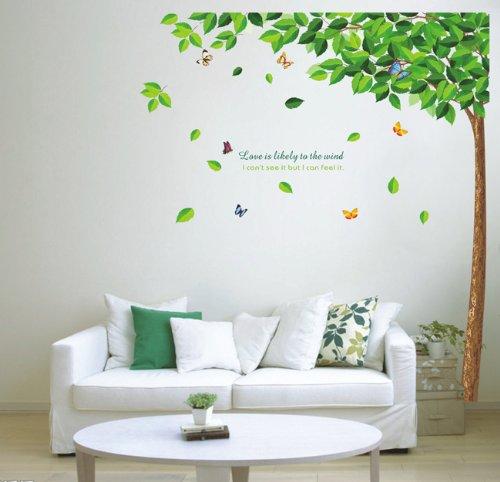 Wandtattoo Baum mit günen Blättern und Schmetterlingen